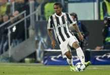 Douglas Costa, il Milan piomba sul giocatore della Juventus