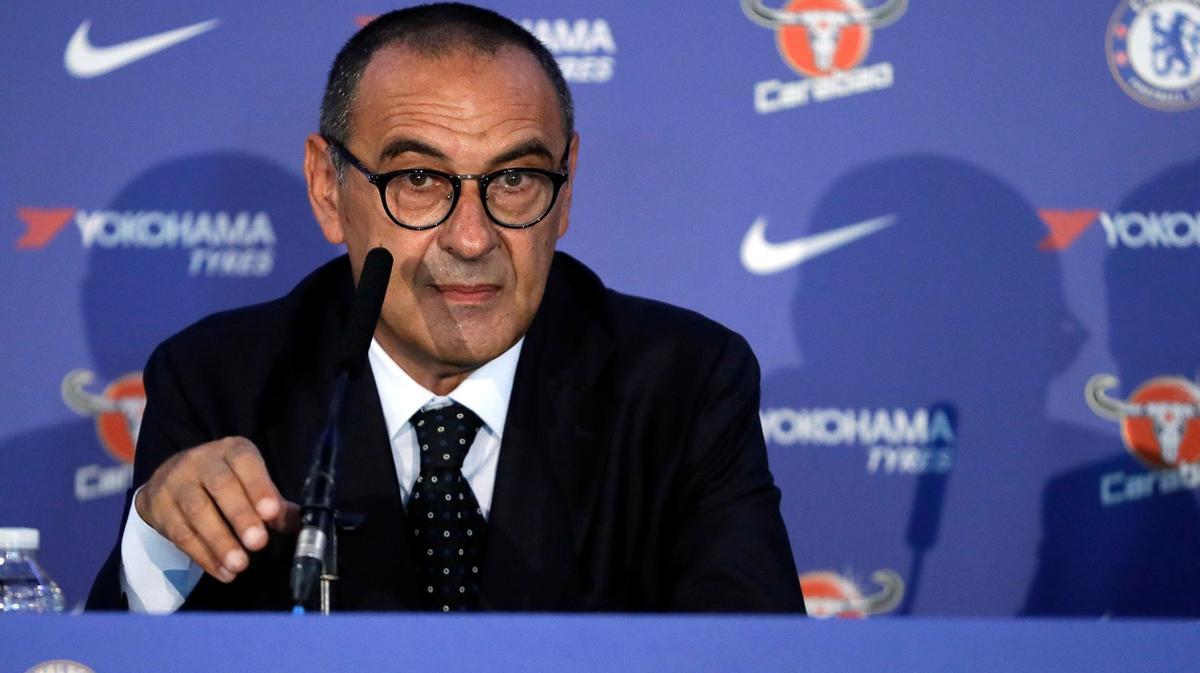 Tifosi del Chelsea contro Maurizio Sarri, chiedono le dimmisioni del tecnico
