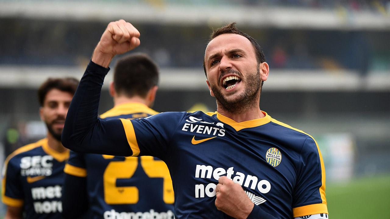 Hellas Verona, futuro in Serie B per Pazzini