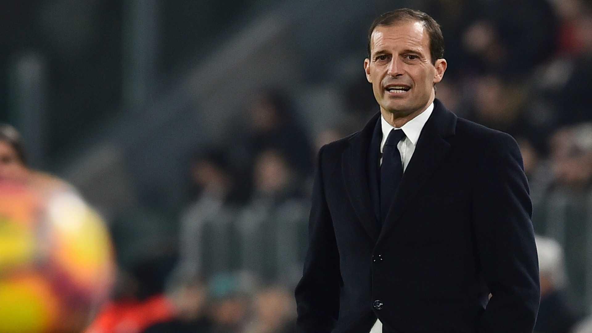 Juventus-Ajax, due dubbi per Massimiliano Allegri