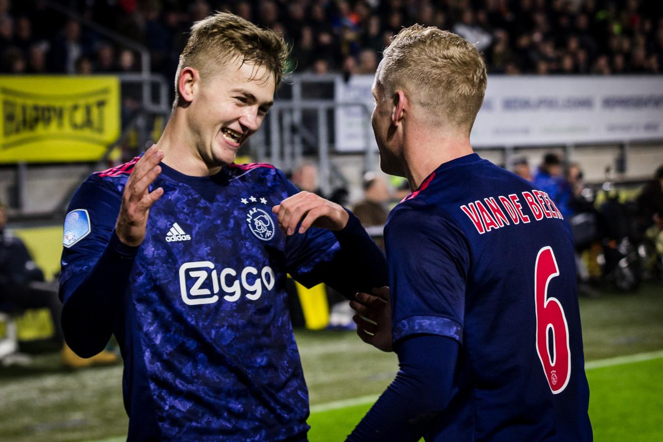 Van de Beek e De Ligt dell'Ajax