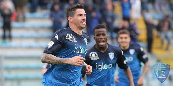 Diego Farias con la maglia dell'Empoli