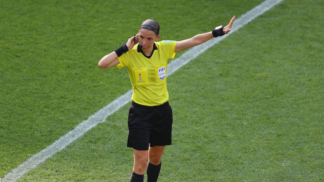 Stephanie Frappart, arbitro francese