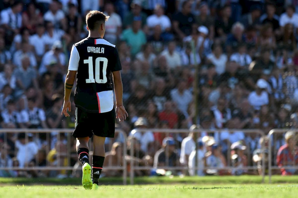 Calciomercato Juventus, cessione di Dybala e assalto a Icardi