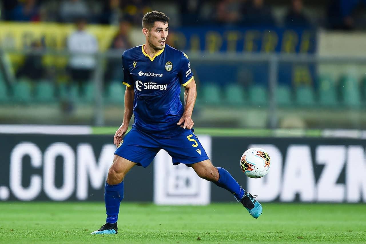 Davide Faraoni, calciatore dell'Hellas Verona