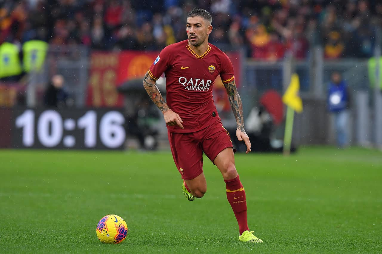 Calciomercato Roma, 20 milioni per Tomiyasu: Kolarov è la chiave