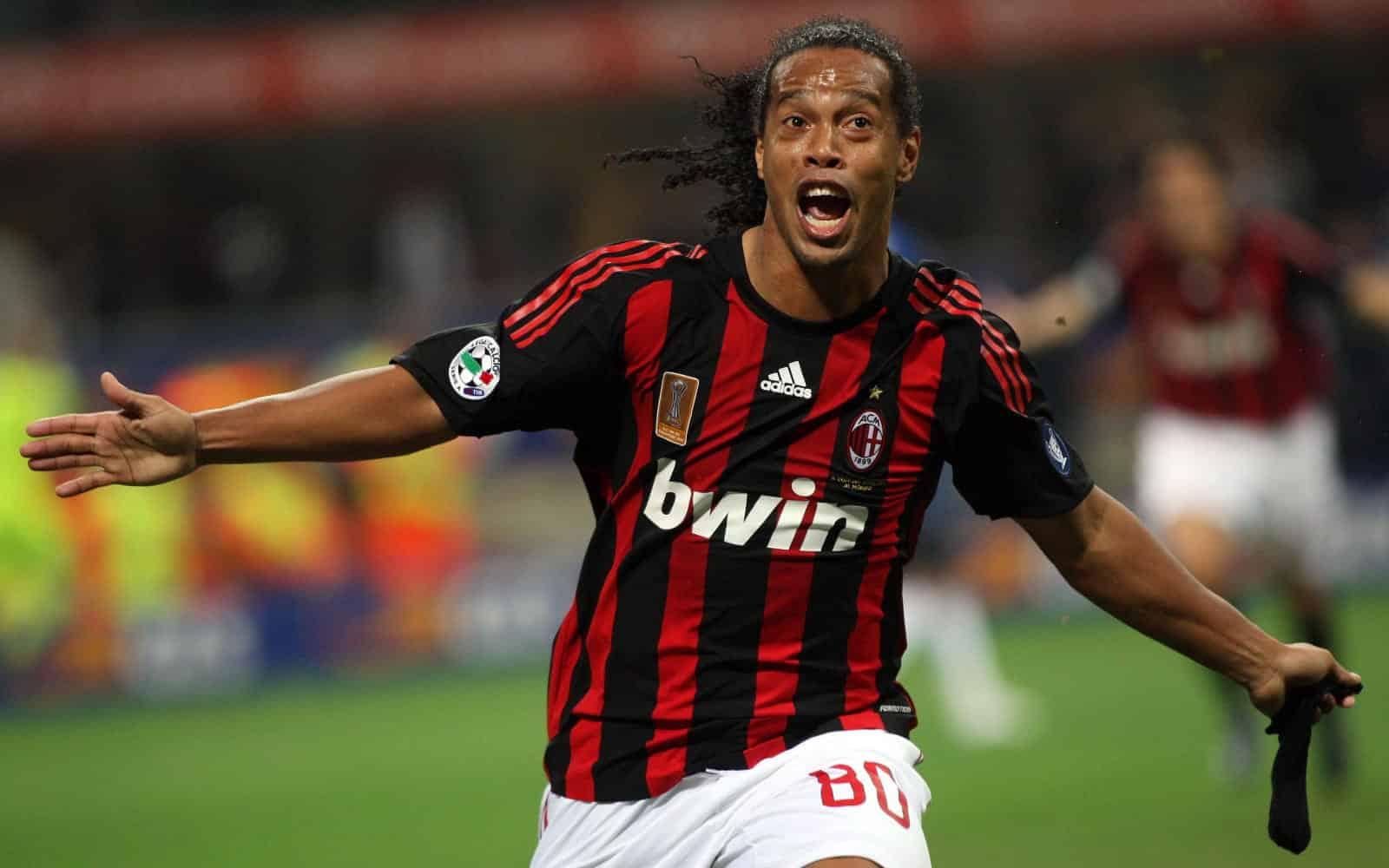 Ronaldinho ex giocatore del Milan