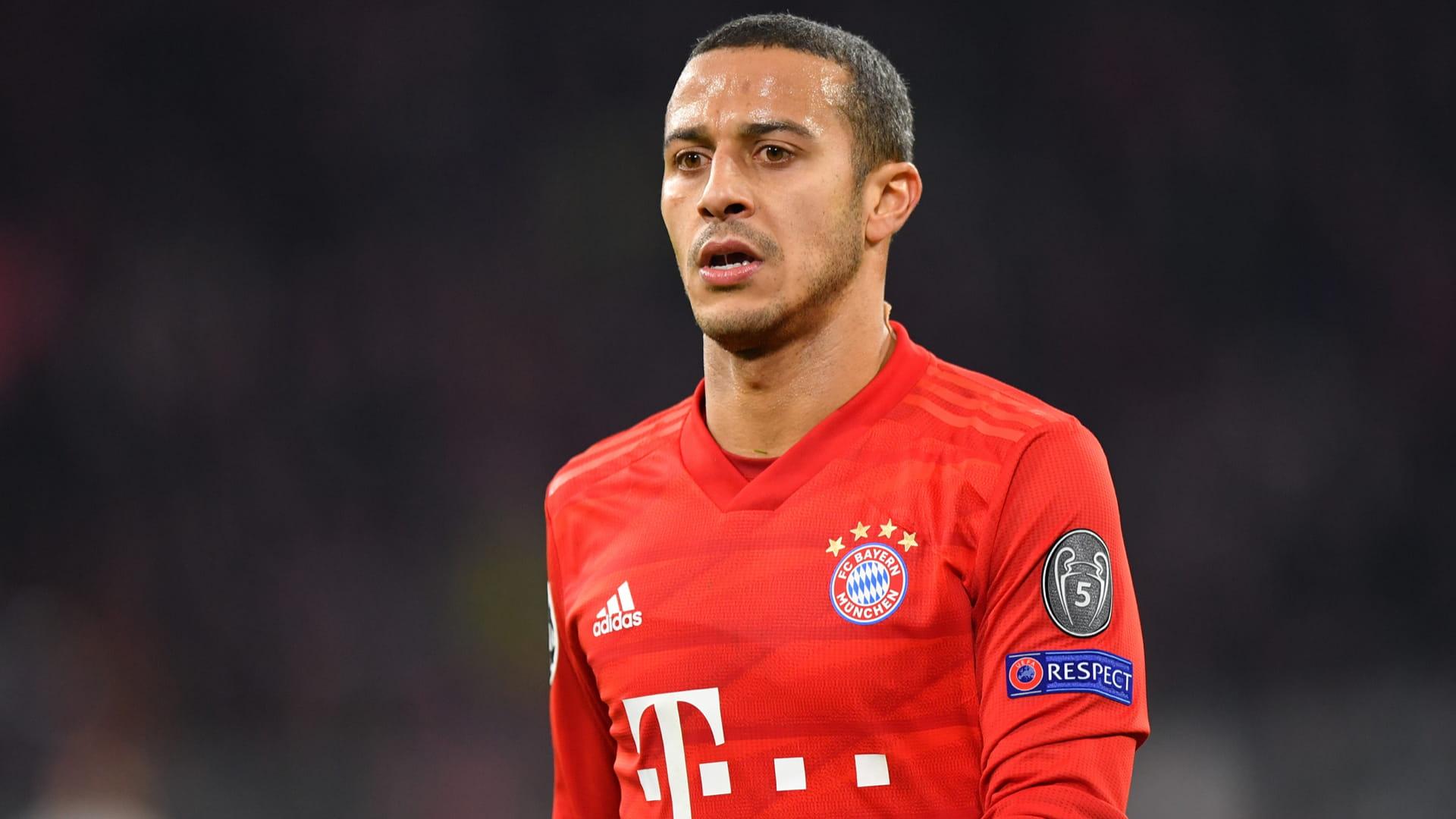 Bayern Monaco, rinnovo lontano per Thiago Alcantara: sarà addio?
