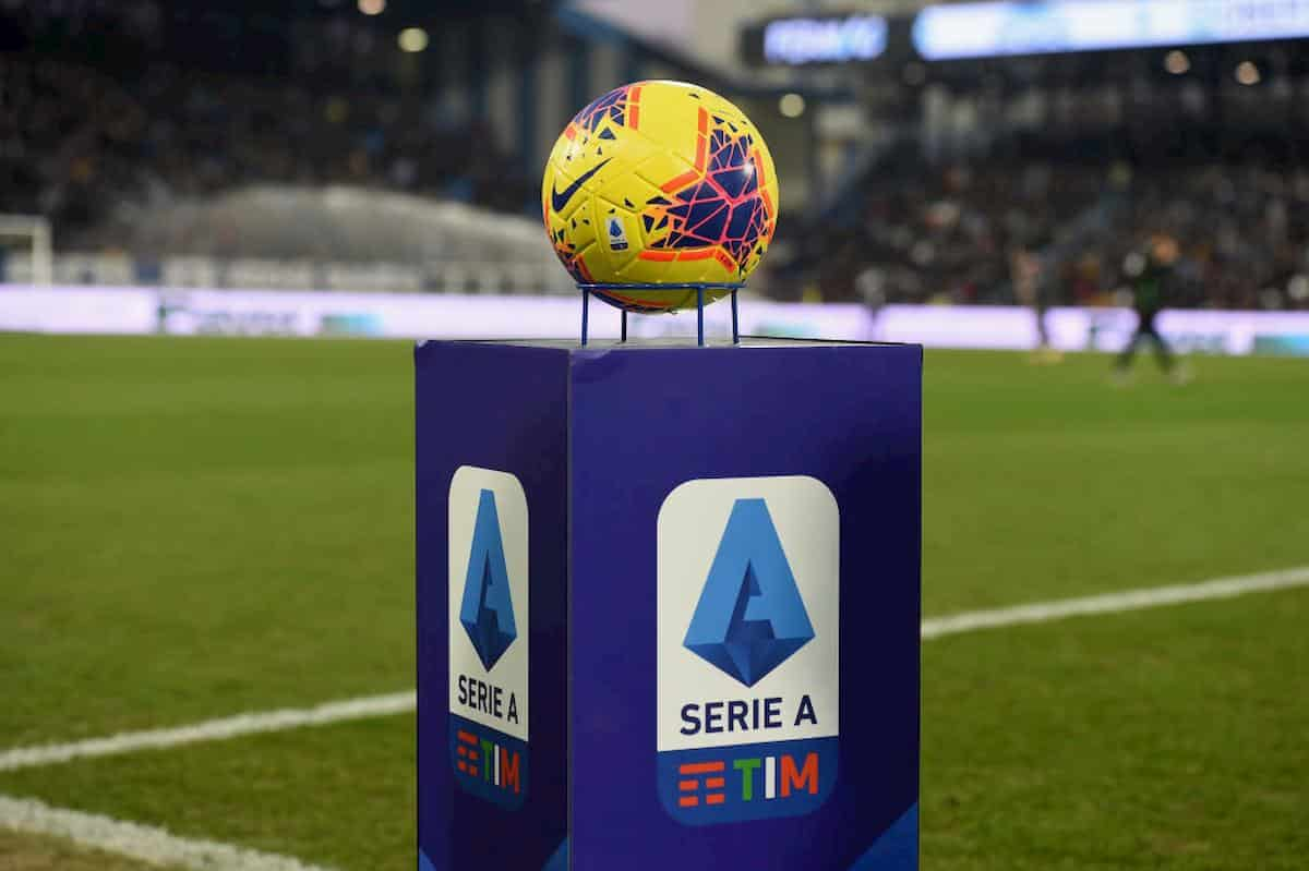 Serie A, caos contagi: ora si corre ai ripari