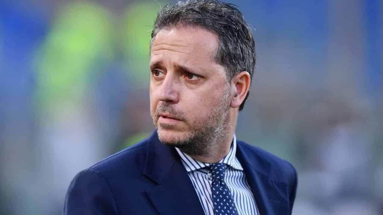 Calciomercato Juventus, non solo Sarri a rischio: Paratici fa piazza pulita