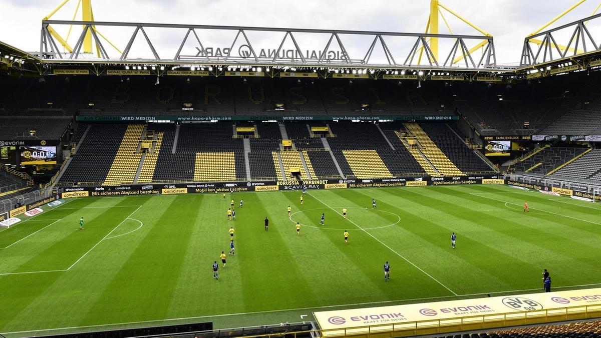 Signal Iduna Park di Dortmund