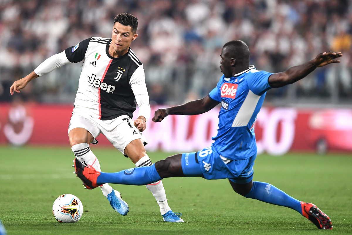 Cristiano Ronaldo e Kalidou Koulibaly, attaccante e difensore della Juventus