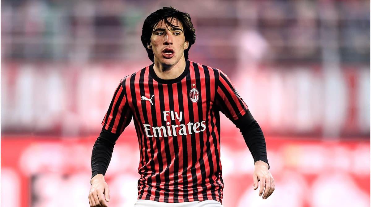 Sandro Tonali giocatore del Milan