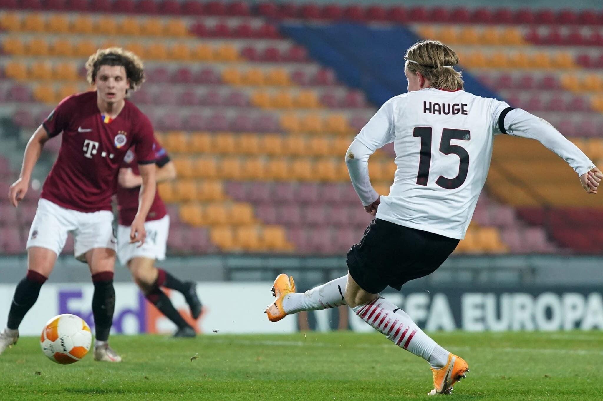 Hauge attaccante del Milan