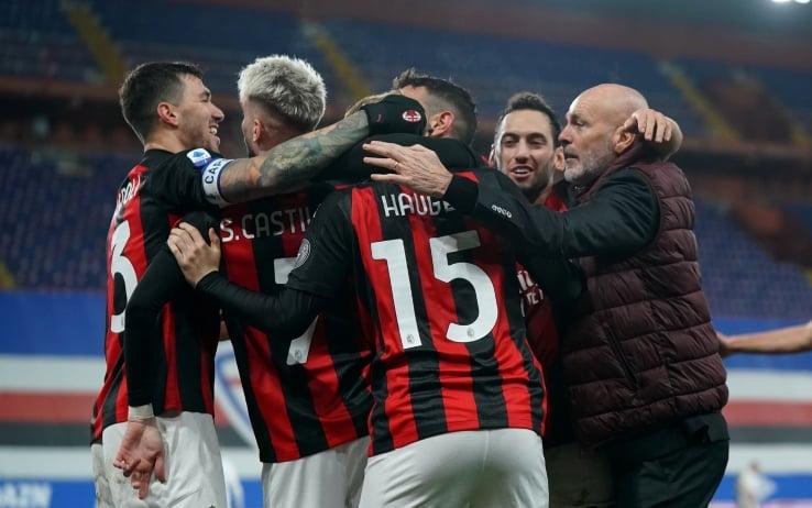 Abbraccio giocatori del Milan