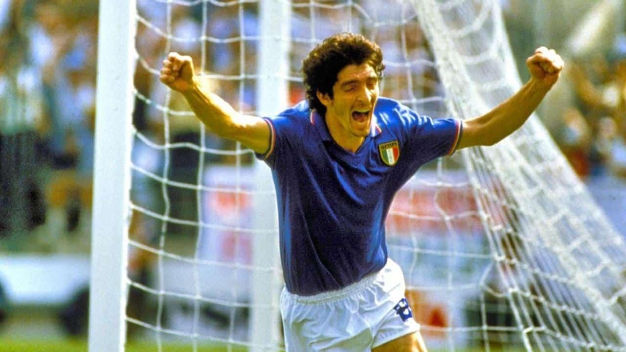 Paolo Rossi, ex attaccante di Vicenza, Juventus, Verona e della Nazionale